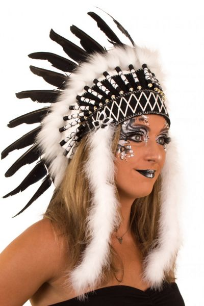 Indianen dans veren hoofdtooi Blackfoot