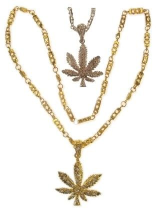 Necklace Weed leaf silver