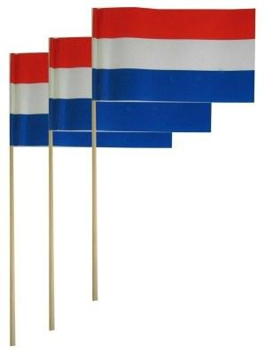 Papieren vlaggetjes op stok NL per 50